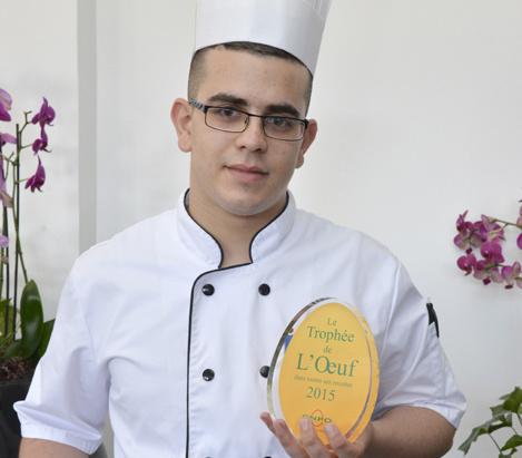 Avec sa recette « l'œuf au plat aux légumes anciens », Dylan Chomet remporte le 4ème prix du trophée :