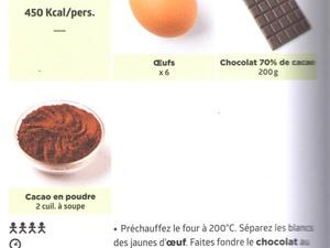 """Des oeufs pour une délicieuse mousse au chocolat : le livre """"Simplissime"""" !"""